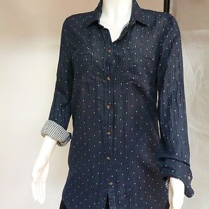 NAVY WITH WHITE DOT BUTTON DOWN  SZ MEDIUM MERONA